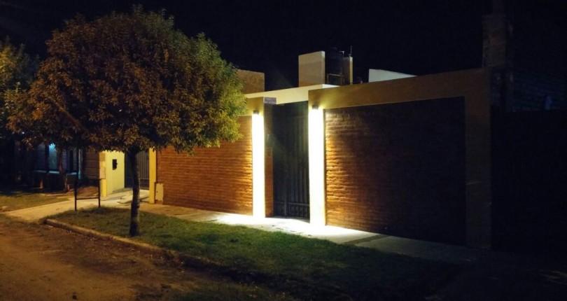 Casa 3 dorm. Bº Los Lapachos